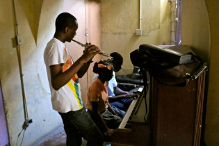Musique de couloir...