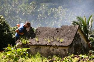 Vieux cimetière d'Atuona (Hiva-Oa)
