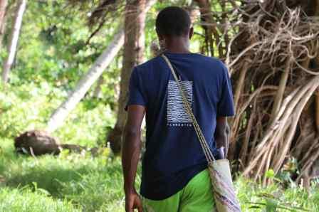 Avec John, le chef de Loloaru sur Ambae